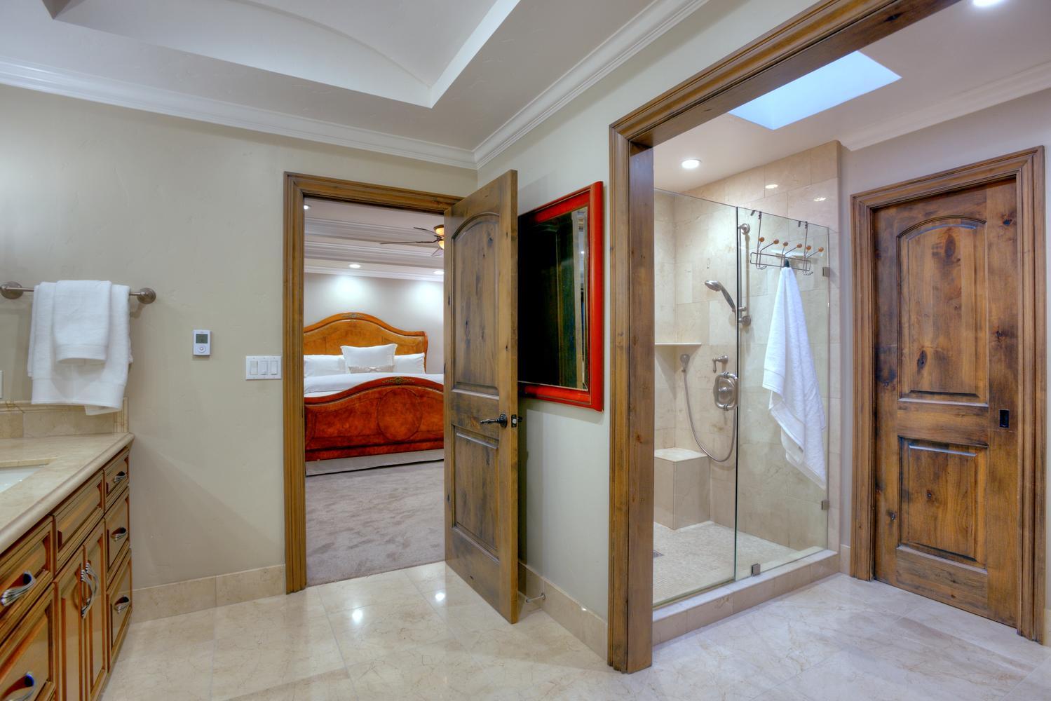 15977 Grandview Dr Monte-large-040-36-Maste Bedroom Bathroom View-1500x1000-72dpi.jpg