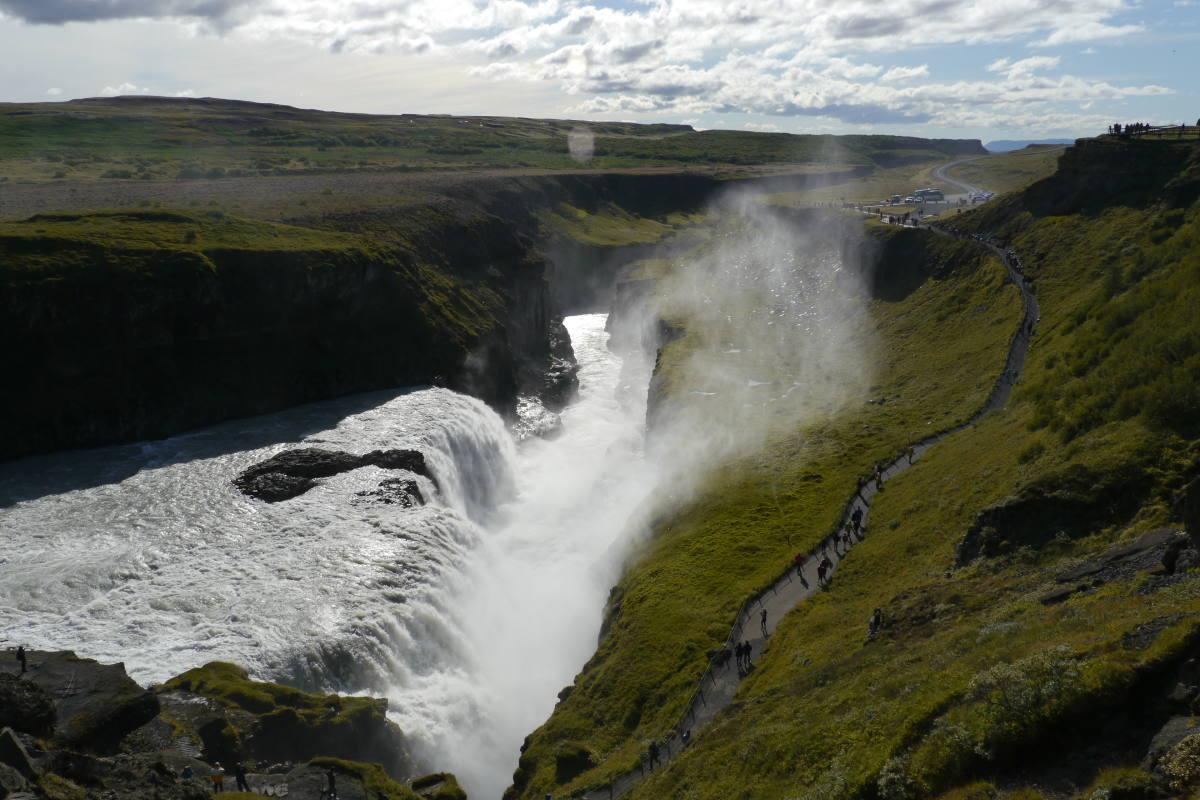 gulfoss waterfall golden circle tour iceland