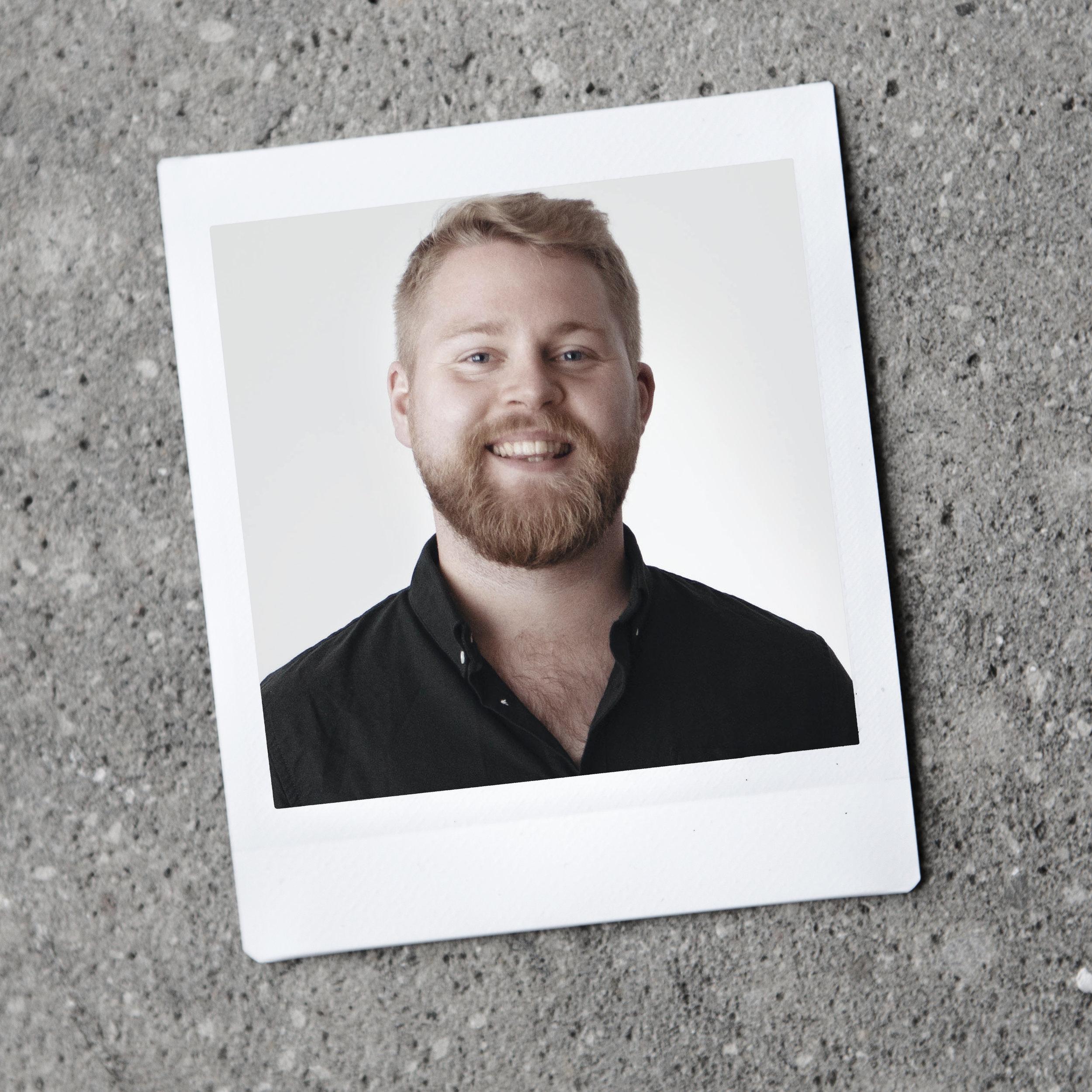 Oskar Rumle - strateg, fotograf, og videoproducer hos Laptop Club