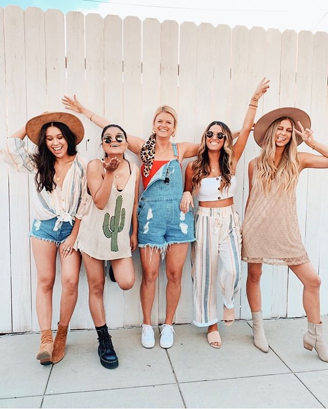 Grab your girls. Get ready to shop! Y'all are going to love all the Mumu coming your way ❤️