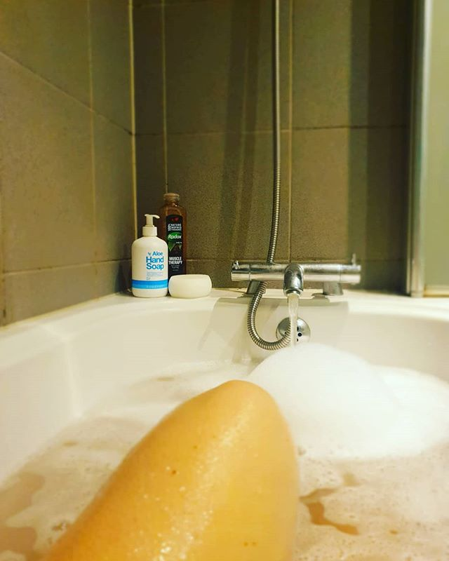 AND RELAX . . What a day rushing round like a mad women. Harlows tucked up in bed and now for bath time while tea cooks. . . It's a strange feeling having a bath after your son..... checking for any signs of poo before getting in 🙈🤣 ..