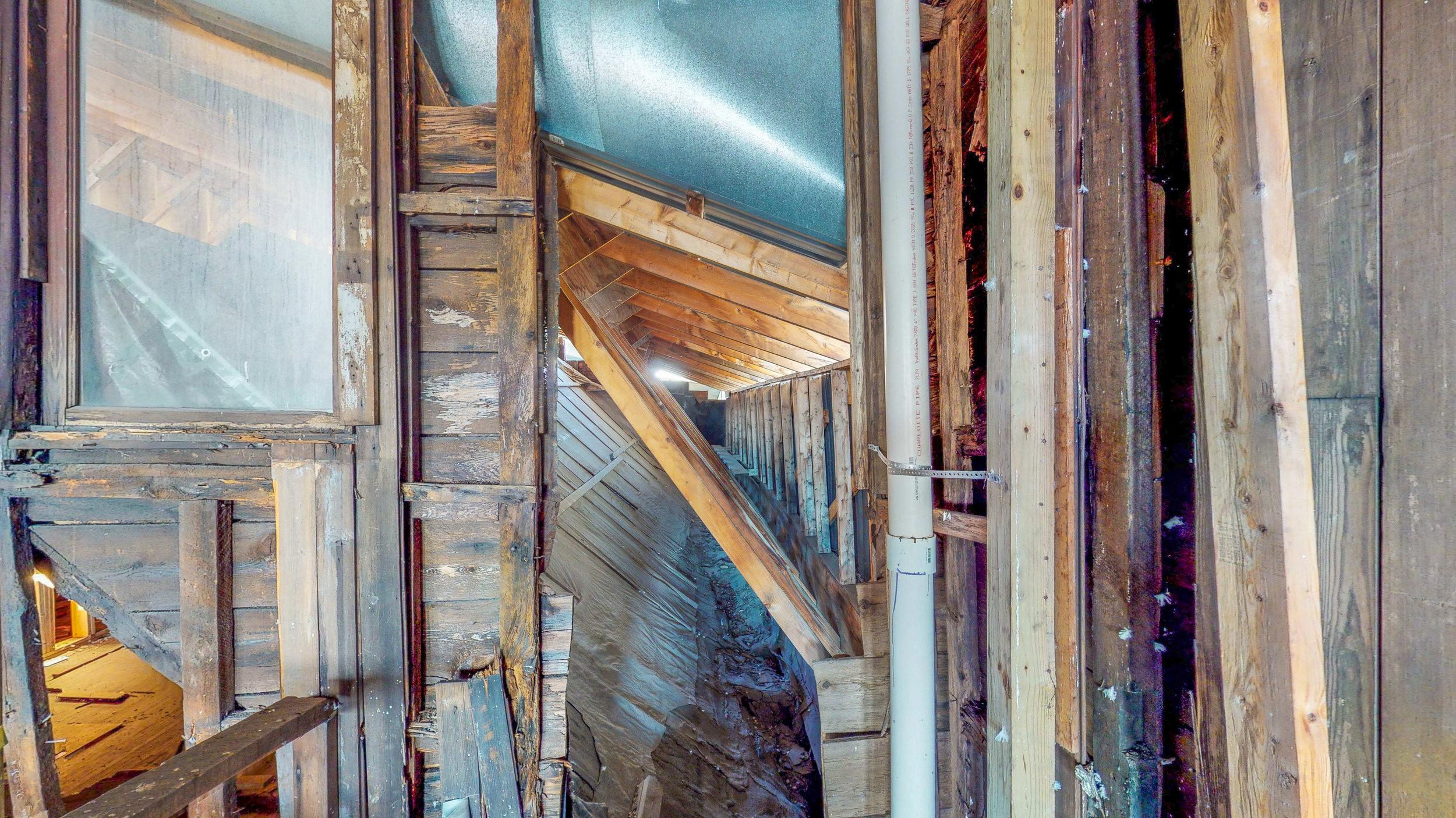 The-Van-Ostrande-Radliff-House-at-48-Hudson-08292019_131719.jpg