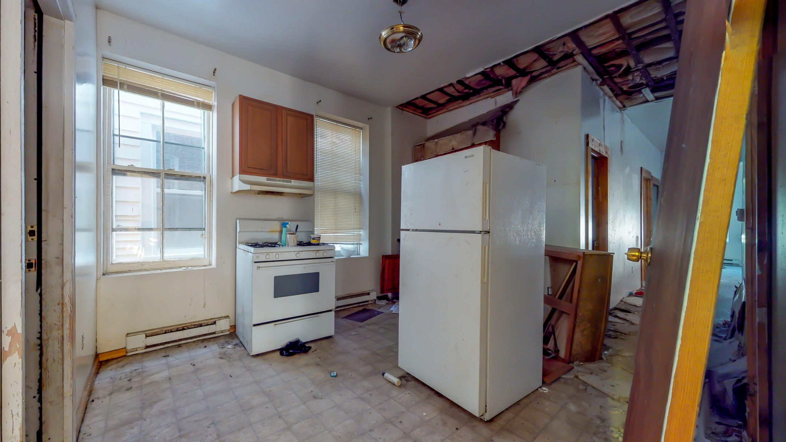 54-5th-Ave-Troy-NY-12180-10252019_160910.jpg