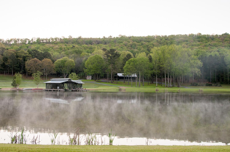 sugar_creek_farm_02_pond_boathouse_lake_boat_house_dock_screened_porch_farmhouse_house_1500.jpg