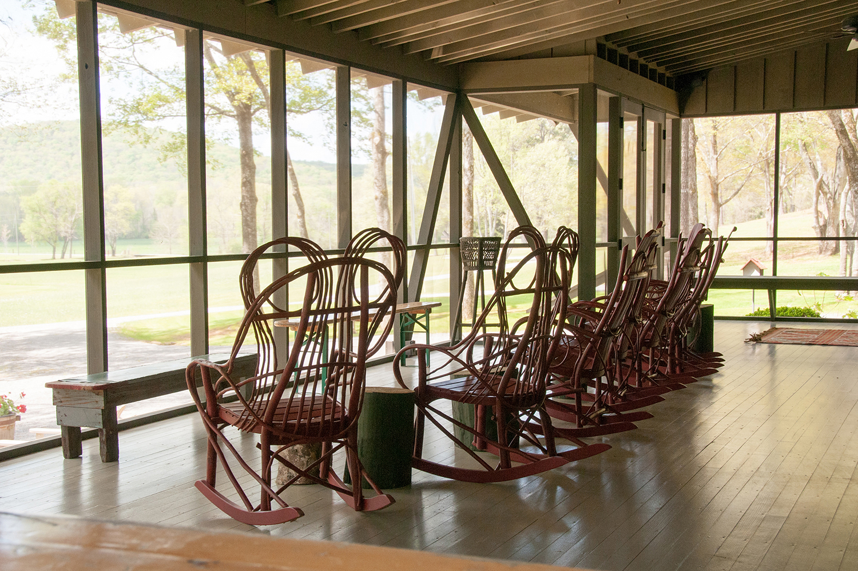 sugar_creek_farm_09_lakehouse_lake_house_screened_porch_farmhouse_stone_tin_roof_1500.jpg