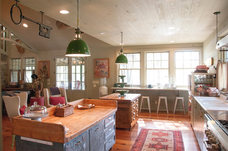 sugar_creek_farm_15_lakehouse_lake_house_kitchen_farmhouse_1500.jpg