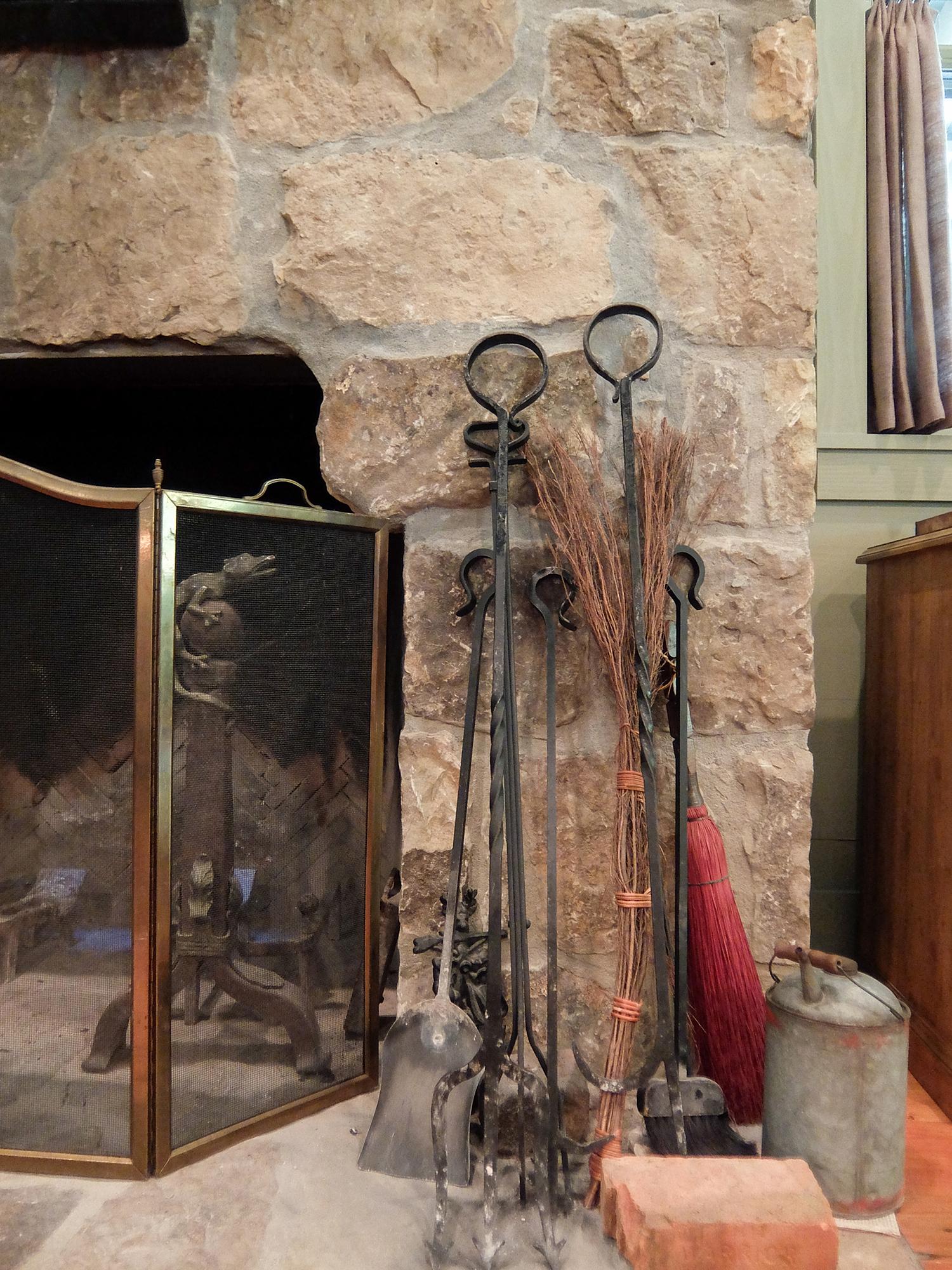 sugar_creek_farm_20_lakehouse_lake_house_stone_fireplace_farmhouse_1500.jpg