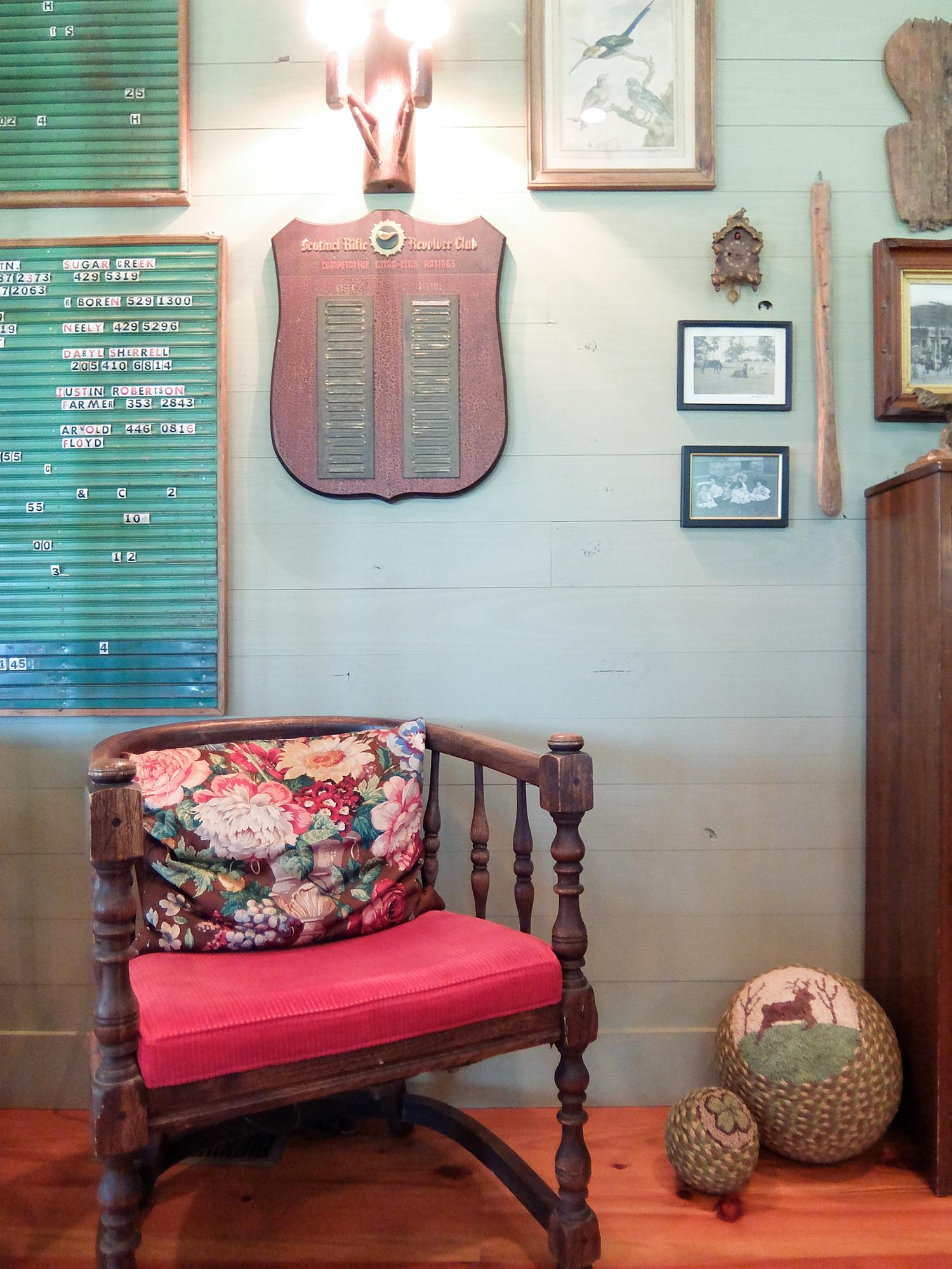 sugar_creek_farm_26_lakehouse_lake_house_den_wood_wall_paneling_farmhouse_1500.jpg
