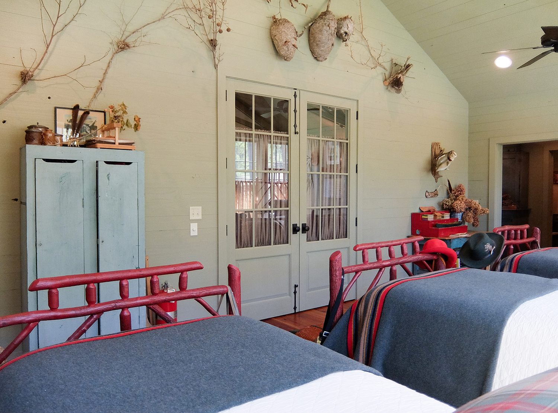 sugar_creek_farm_28_lakehouse_lake_house_sleeping_porch_farmhouse_vaulted_ceiling_1500.jpg