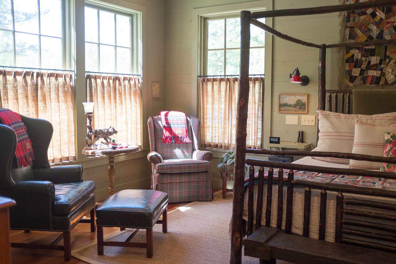 sugar_creek_farm_38_lakehouse_lake_house_master_bedroom_farmhouse_bed_1500.jpg