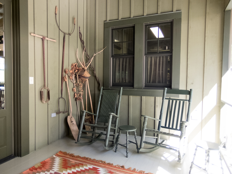 sugar_creek_farm_48_lakehouse_lake_house_back_screened_porch_farmhouse_cedar_1500.jpg