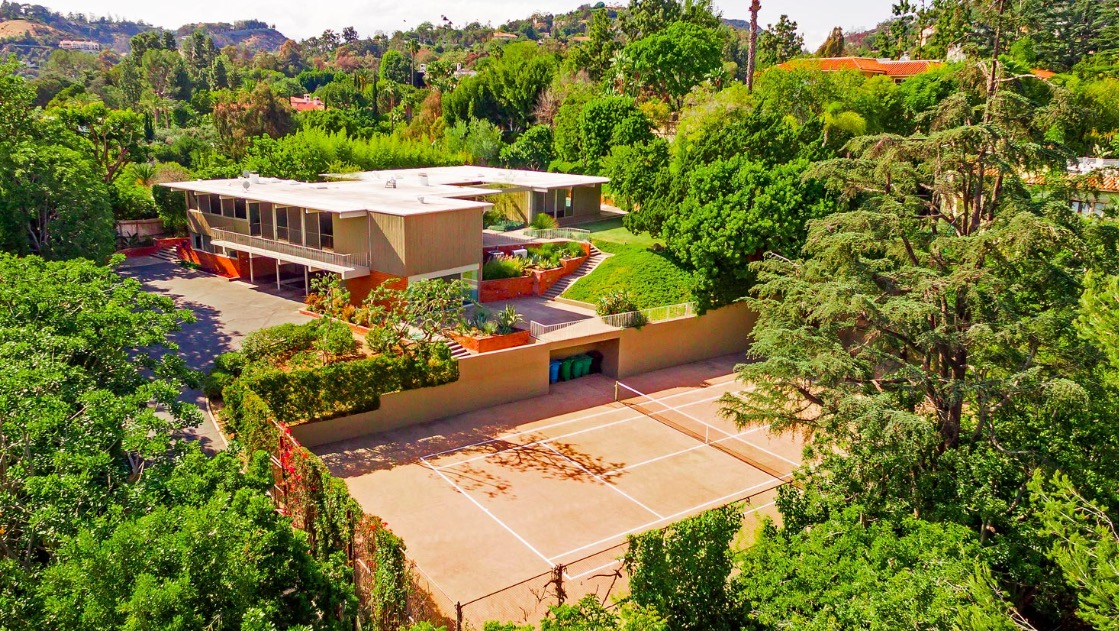 1035 Summit Dr | Beverly Hills