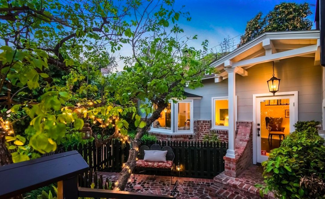 6485 San Marco Cir | Hollywood Hills