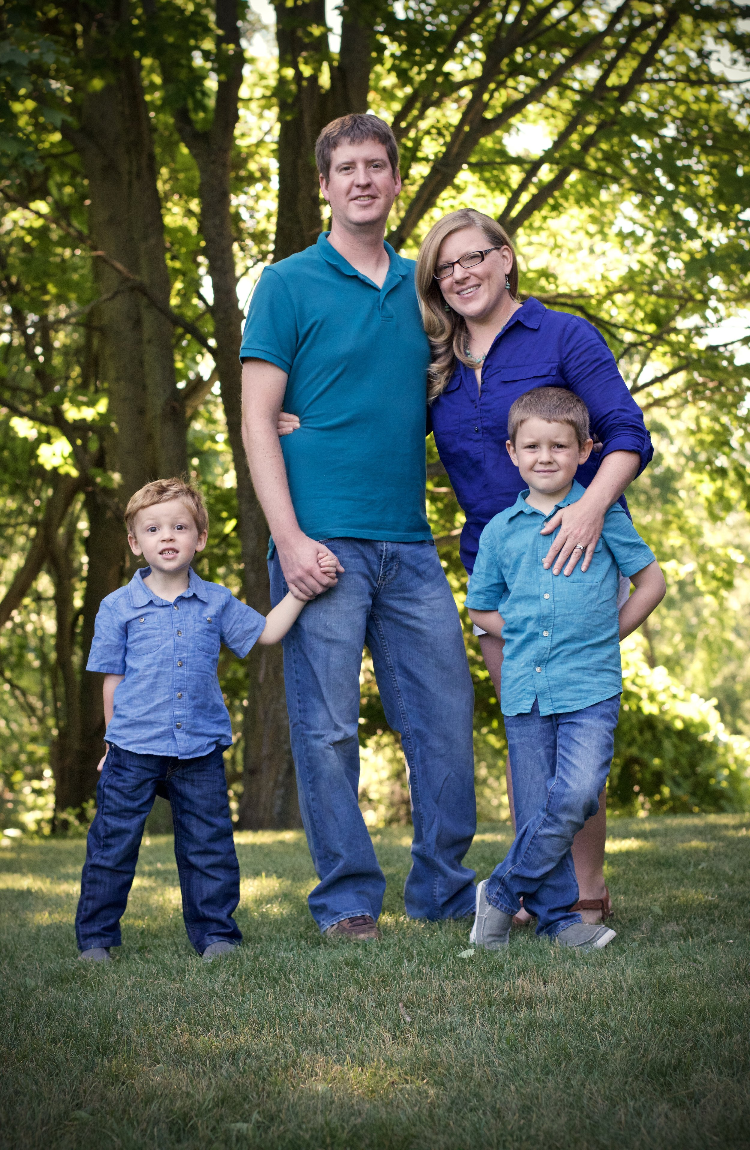 About Cmb Construction - Colin Bushong and his wife Jeanie live in beautiful Traverse City, Michigan with their two boys - Liam and Kellen. Colin is a second generation custom home builder in Northern Michigan. When he does have some spare time, he enjoys hiking, biking, boating, camping and skiing.
