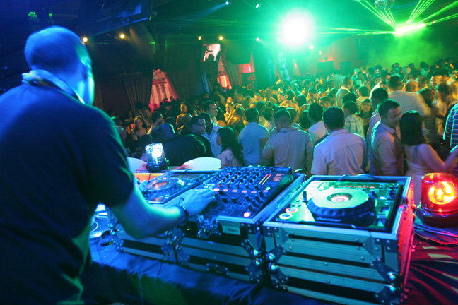 club1.jpg