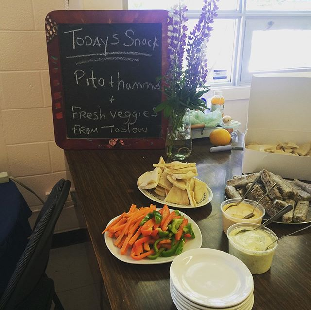 Our buds at @tos.low provided delicious homemade granola bars and fresh veg, pita + dips for our final day of rock! Check them out if you are a fan of eating mega tasty and creative food in the coziest nook in town! Many thanks pals! 💖🎸🎤😎 #grnl2019 #snackattack #delish