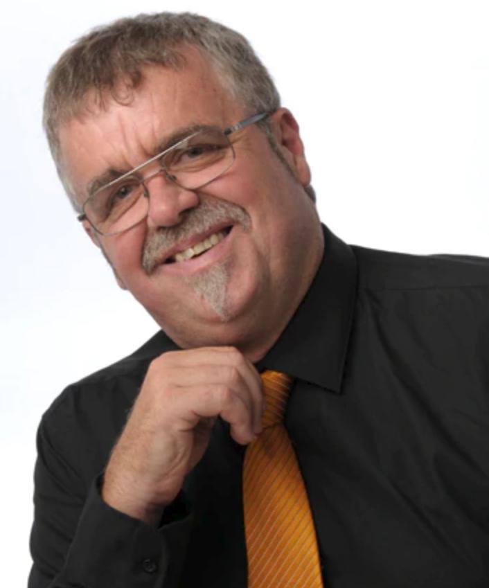 Allan Probert 2.PNG