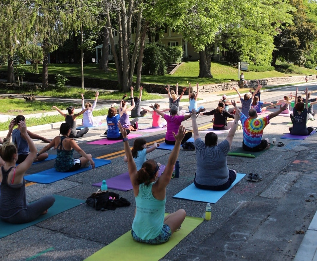 yoga%252B.jpg