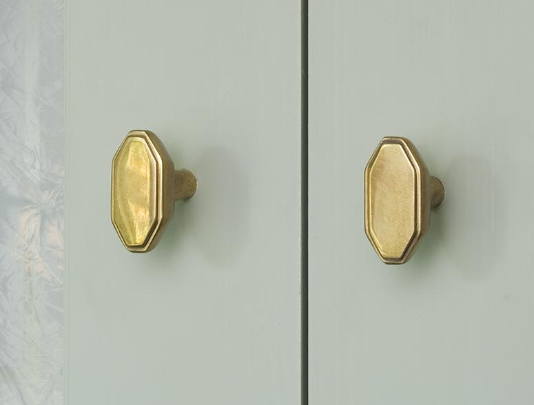 6 Allart Cabinet deco knob install WEB.jpg