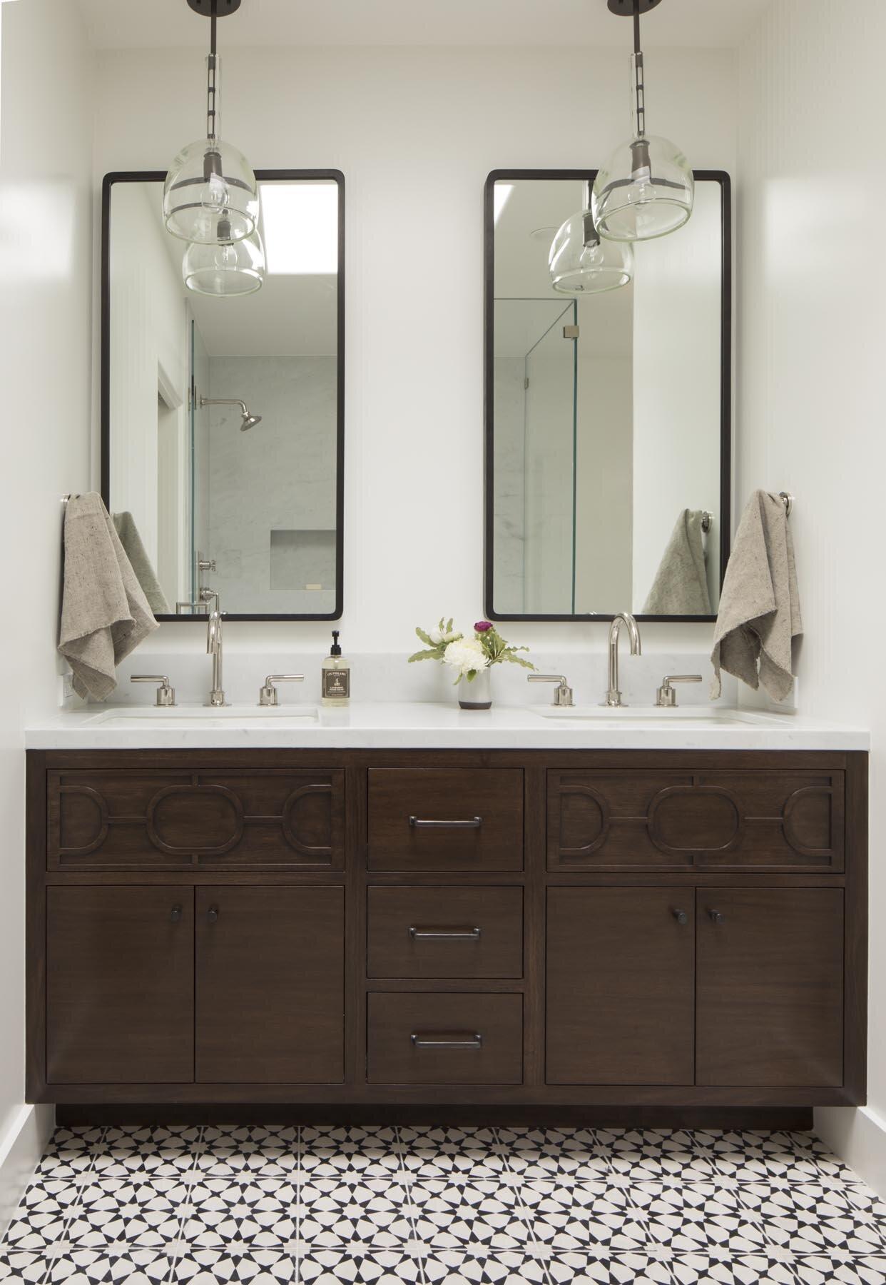 3 Jute_Glendale_Bathroom-0034-1.jpg