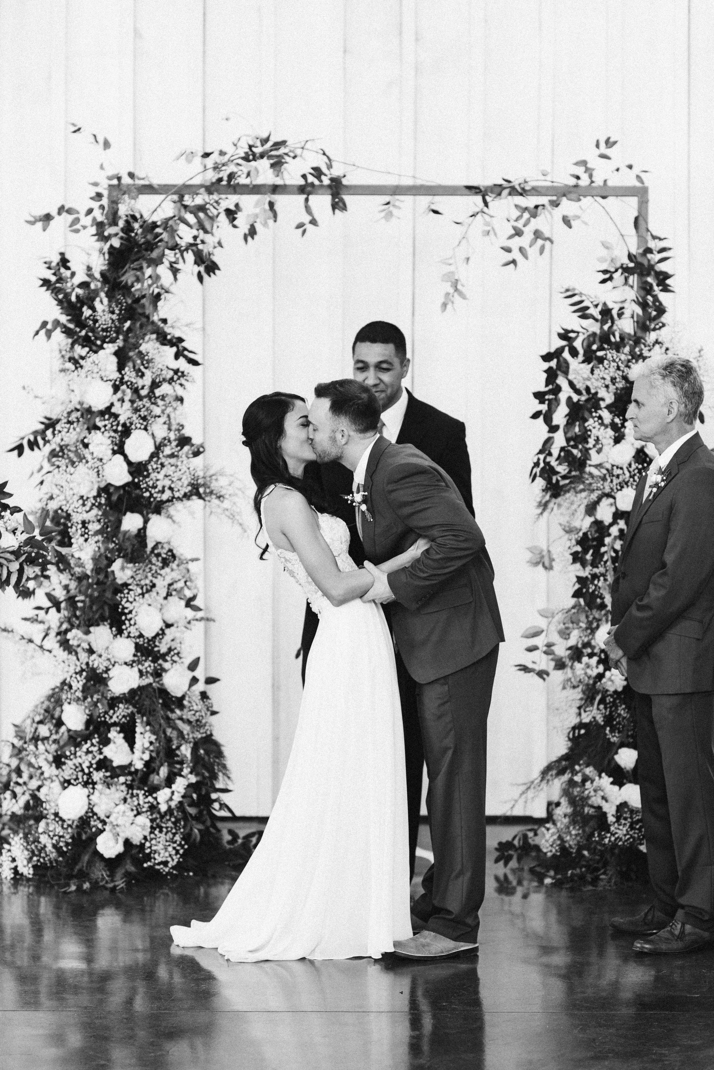Kendall+Drew_wedding-0124.jpg