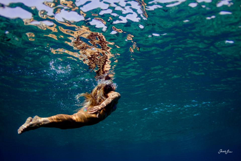 carol_fuller_underwater_woman_9322.jpg