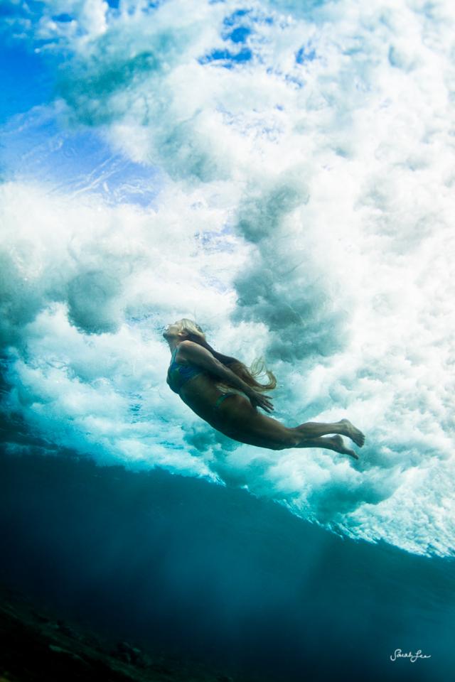 carol_fuller_underwater_woman_9518.jpg