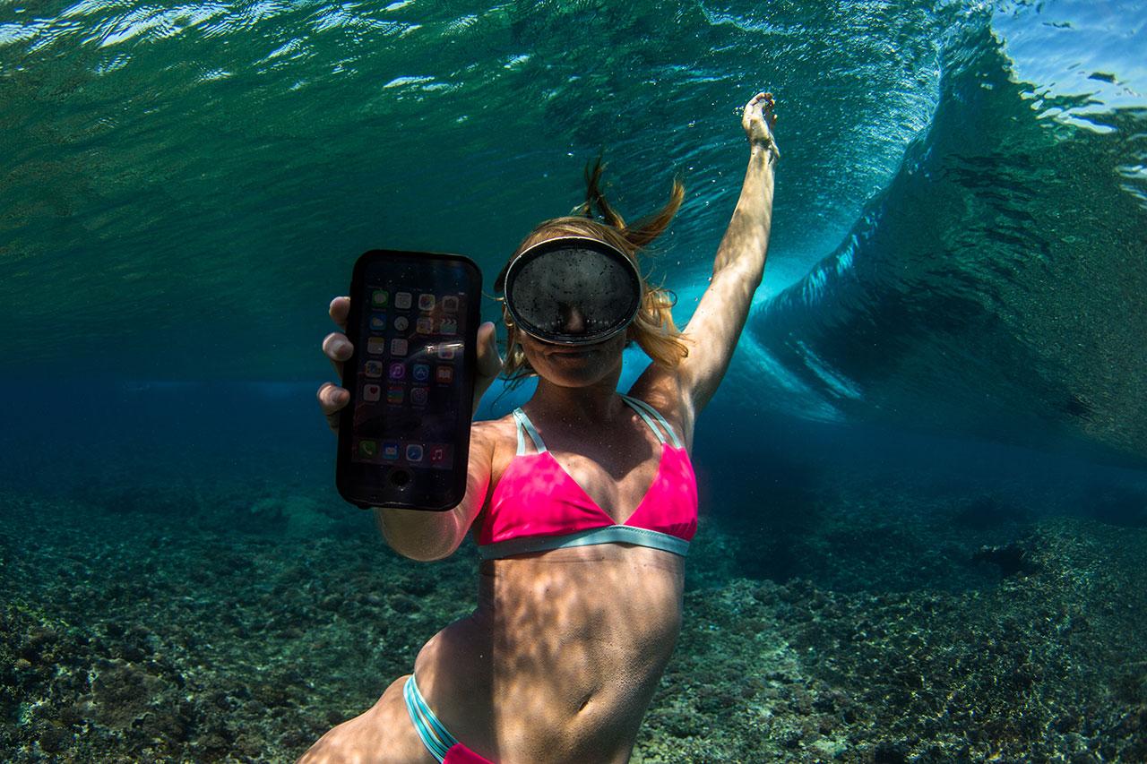 AlisonTeal_Pelican_Iphone_Waterproof_Case_3213.jpg