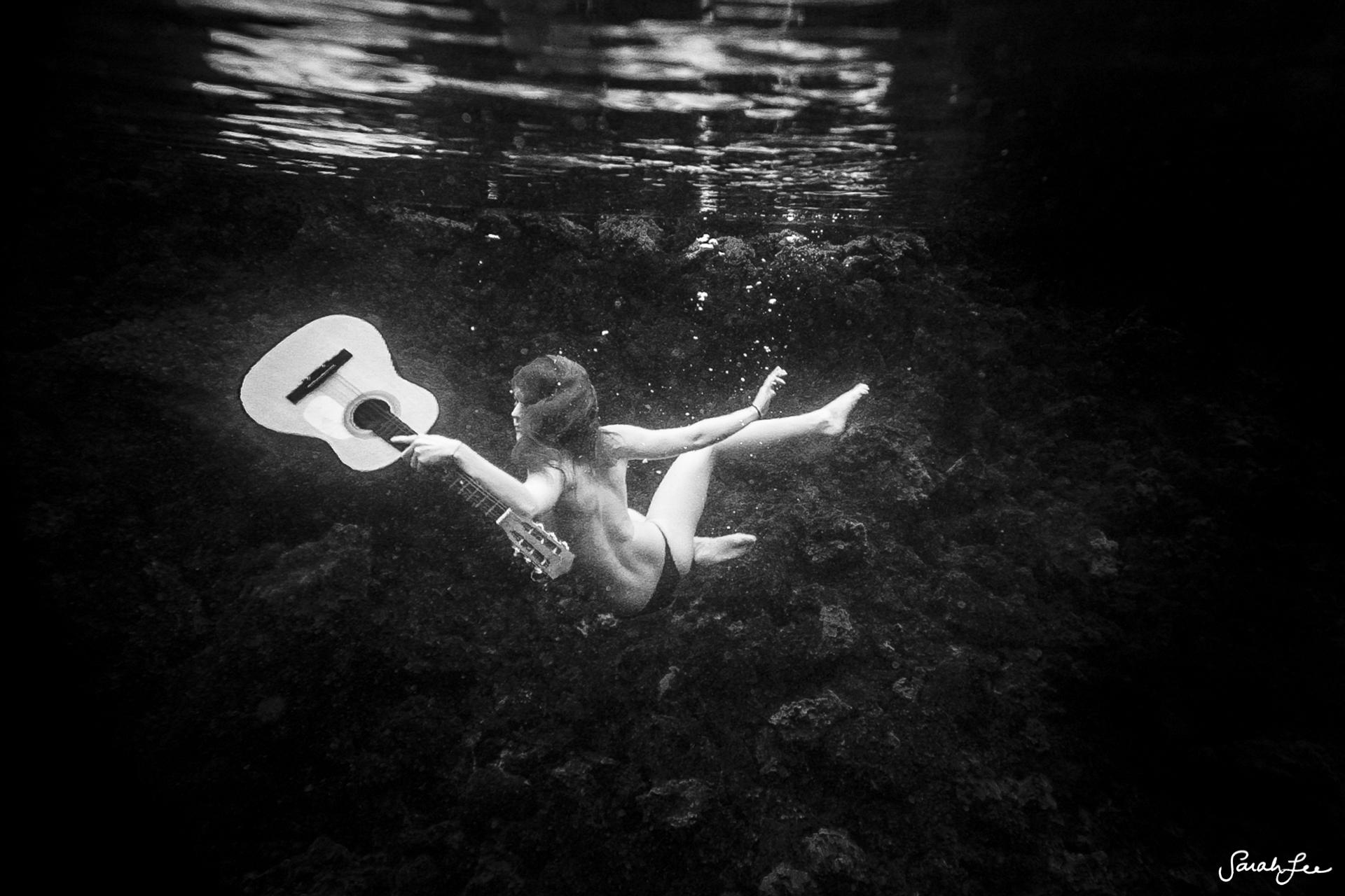 002_Sarah_Lee_Photography_Underwater_.jpg