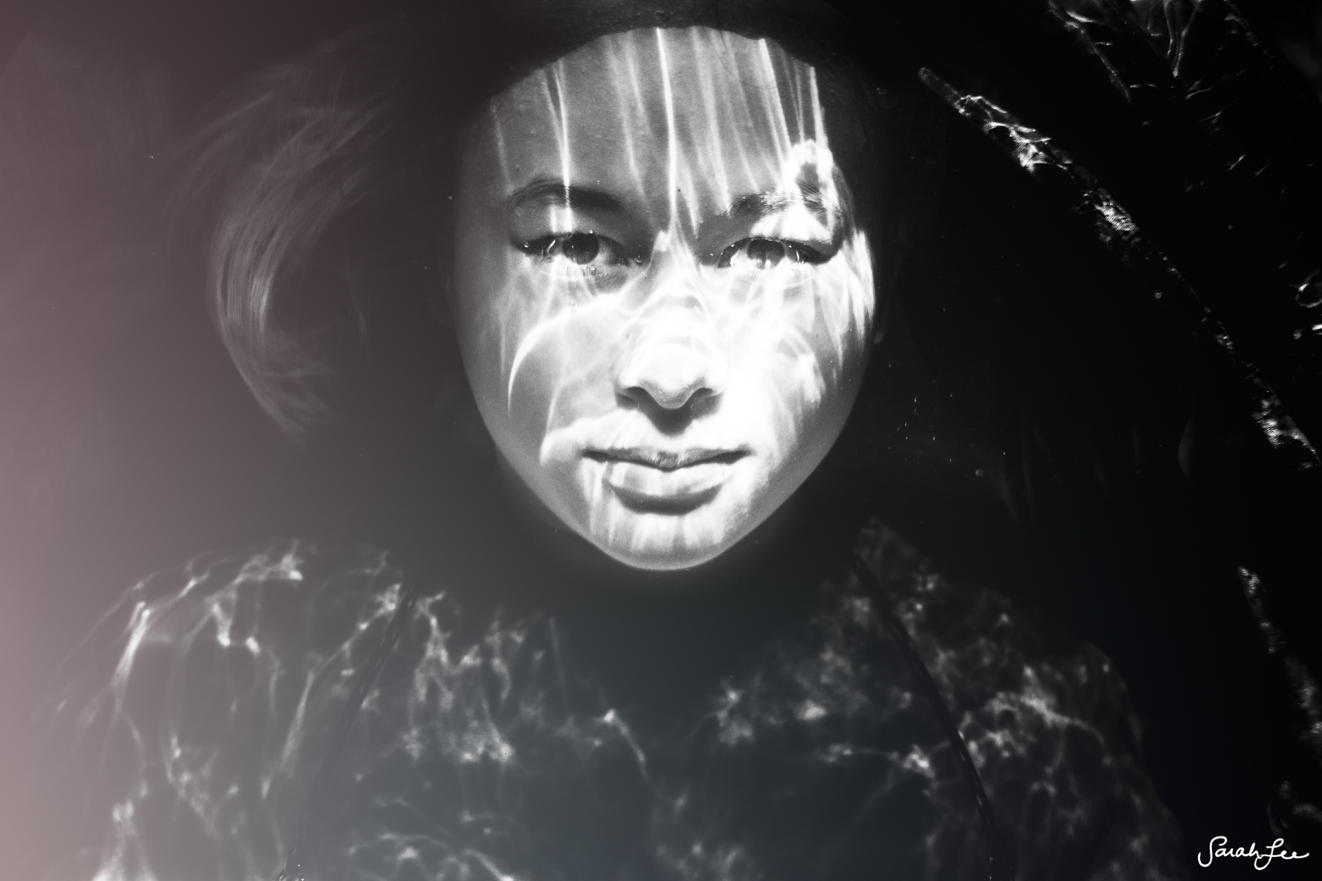 024_Sarah_Lee_Photography_Underwater_.jpg