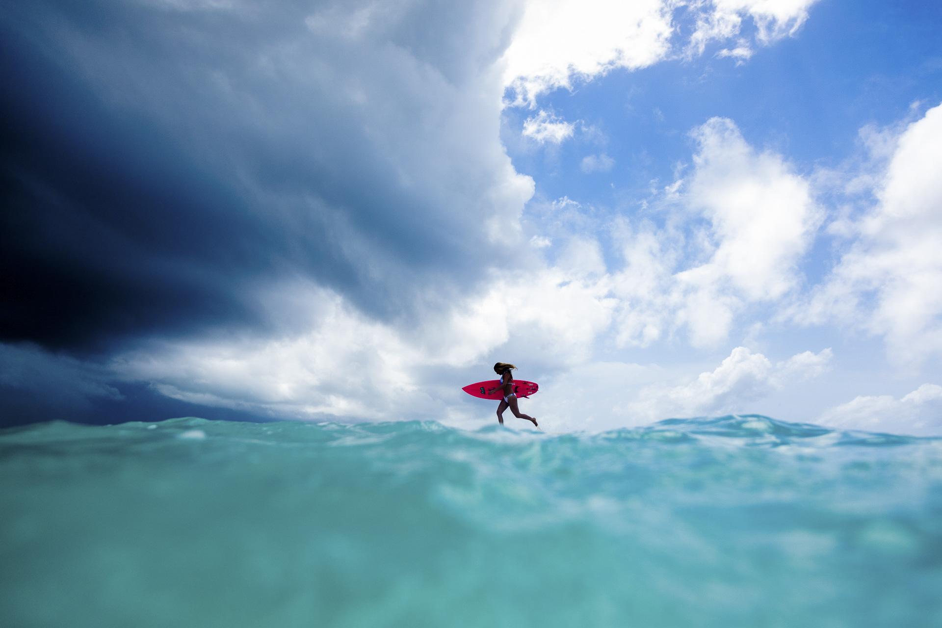 SarahLeePhoto_Storm_Chasing_Surfer_Girl.jpg