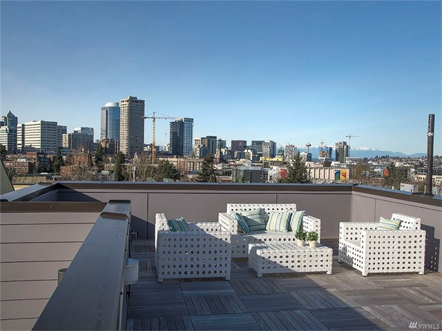 926 15th Ave Seattle   $970,000