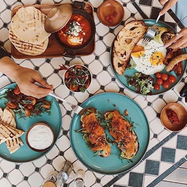 Un joli brunch pour commencer le week-end ??? - #terredapero #brunch #alimentationsaine #brunchtime #breakfast #food #foodie #foodstagram #breakfastideas #goodmorning #healthyfood #homemadefood #morning #café #picoftheday #recipeoftheday #instamorning