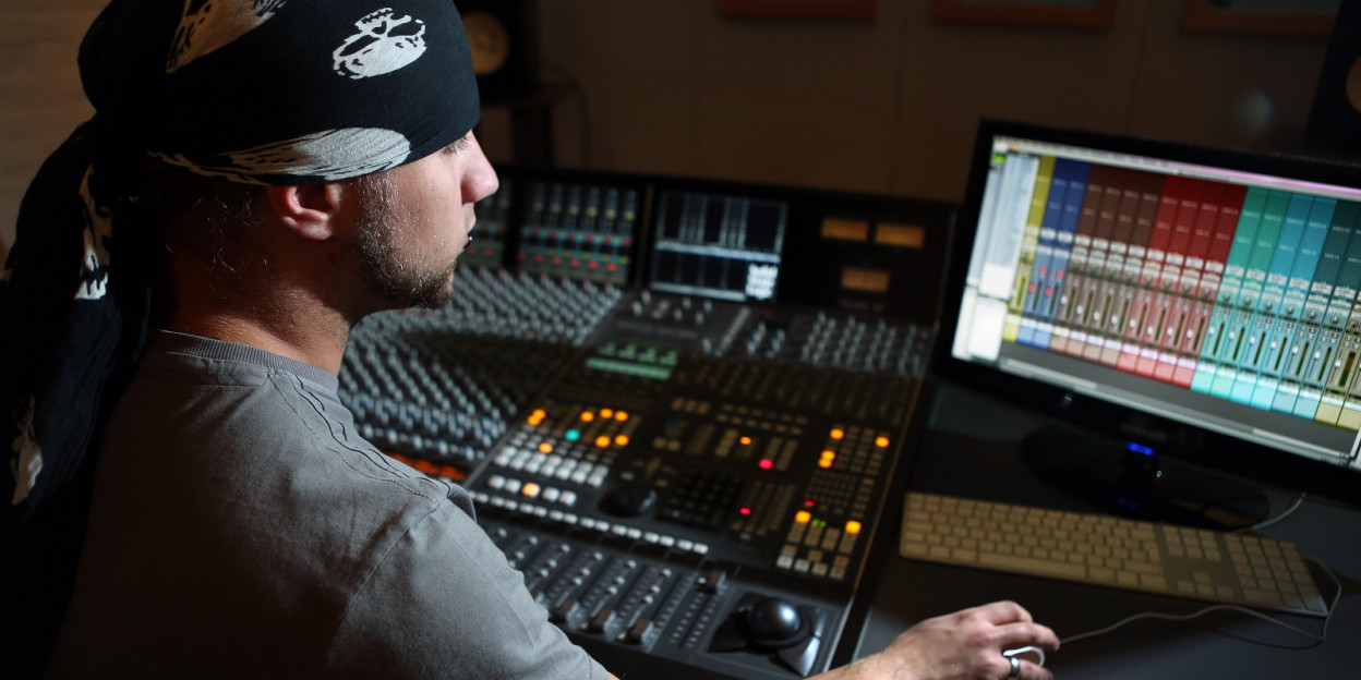SOUND ENGINEERING AND ELECTRONIC MUSIC PRODUCTION - DIPLOMA COURSE   ONLINE