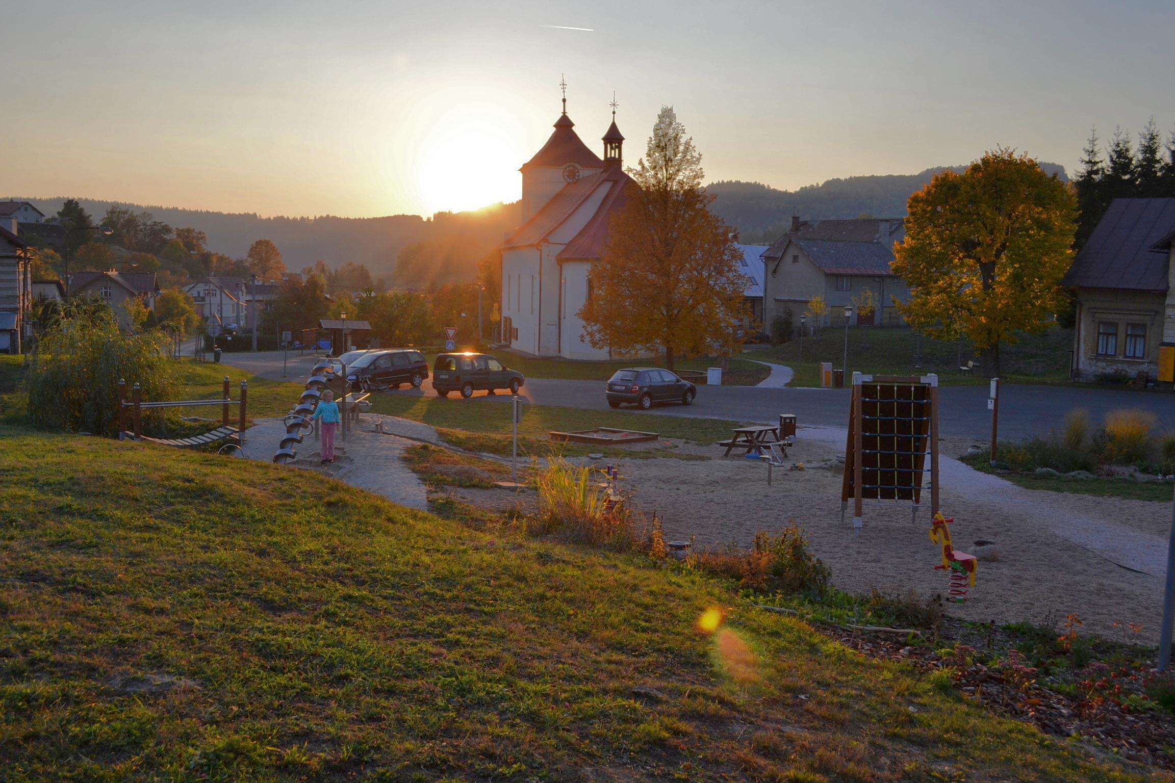 Město a vesnice - Prostor pro děti, táty i báby