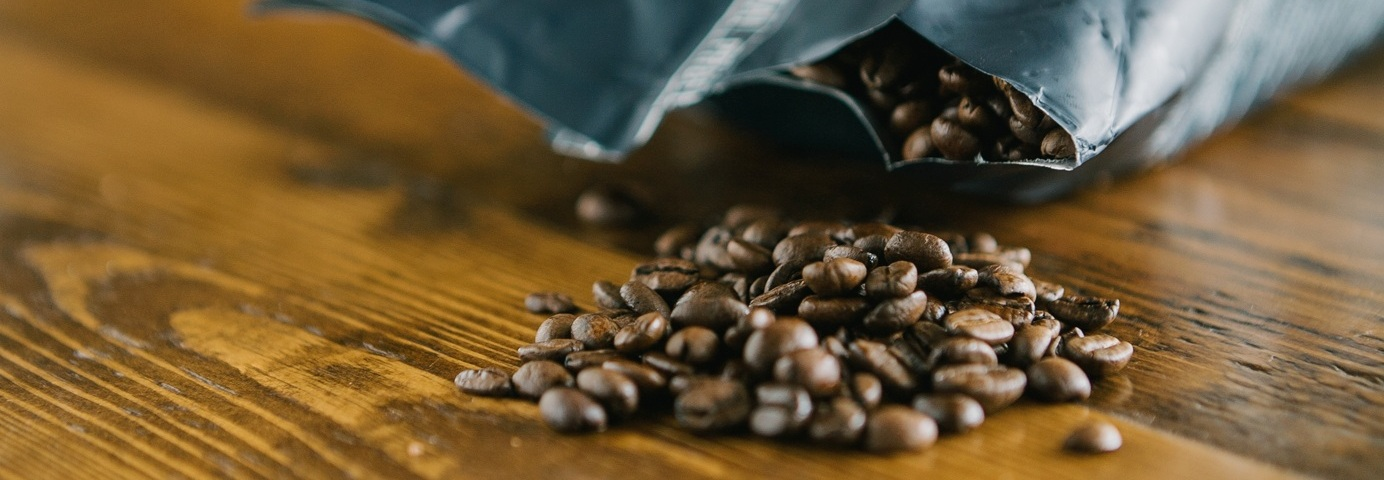 We offer a carefully chosen and favoured Italian coffee called Portioli. Portioli has a unique and unsurmountable power, only the finest qualities of Arabica and Robusta. -