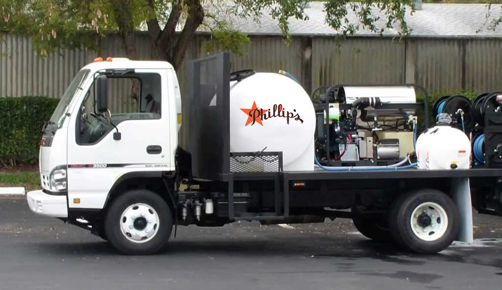 Power-washing-truck---Copy-(2)-(1).png