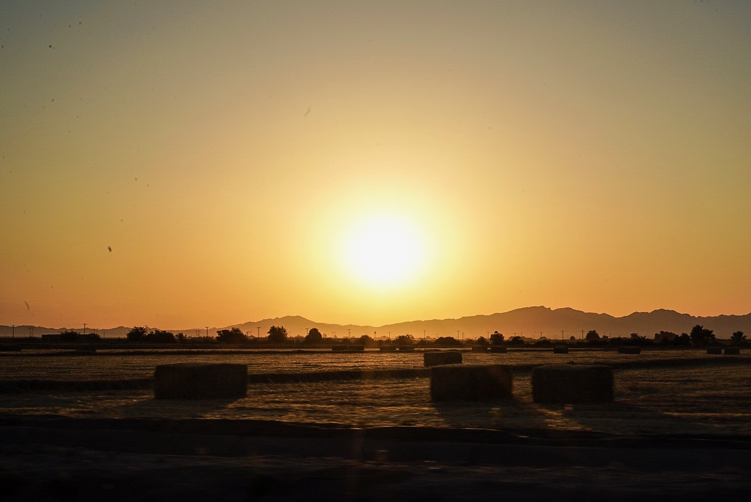 Beautiful sunrise near the Arizona border! Thanks for having us California, what a way to bow out!
