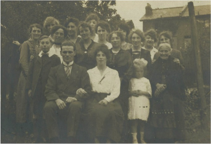 1919 - Nell Alan wedding.jpg