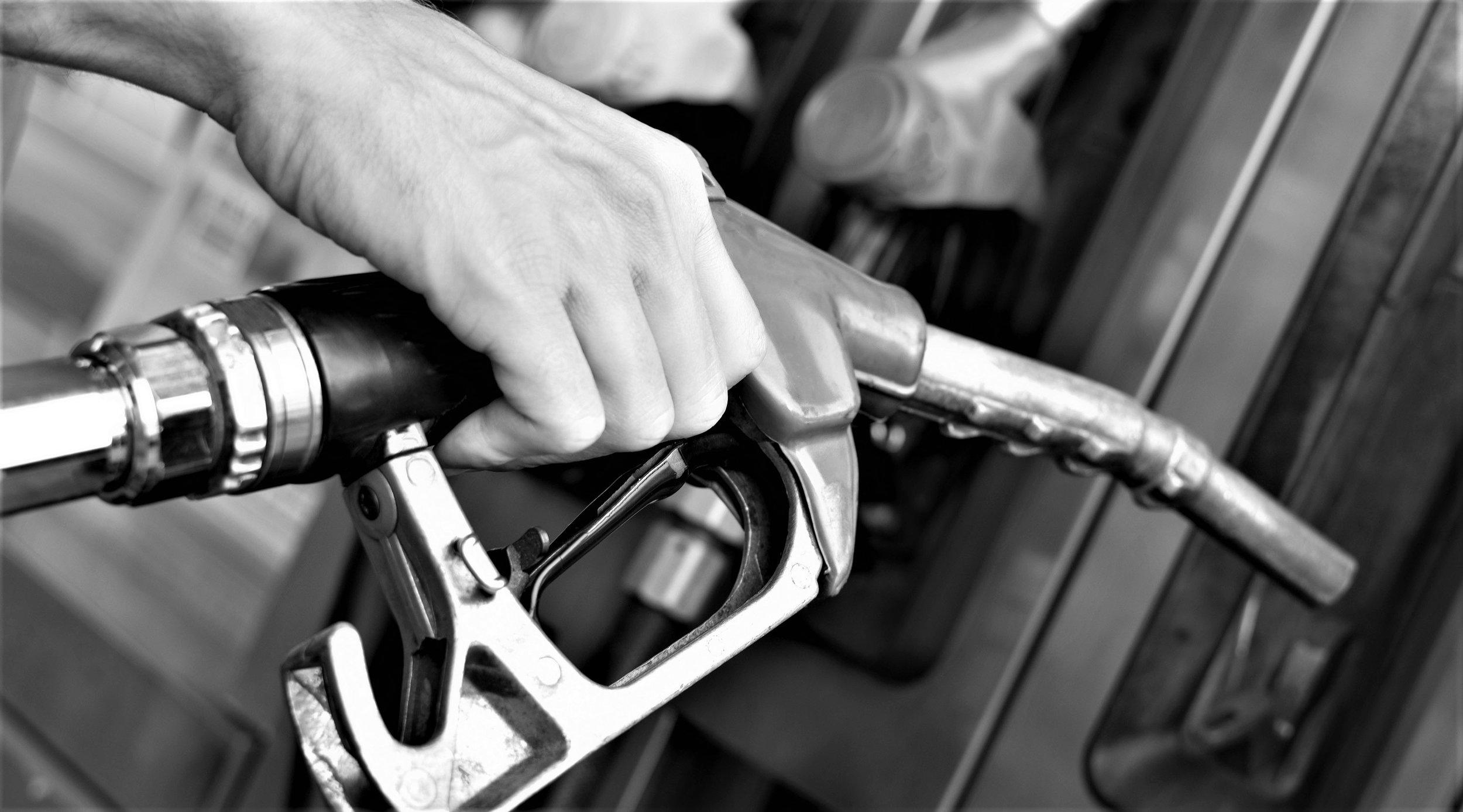 orgeon-gas-pump bw.jpg