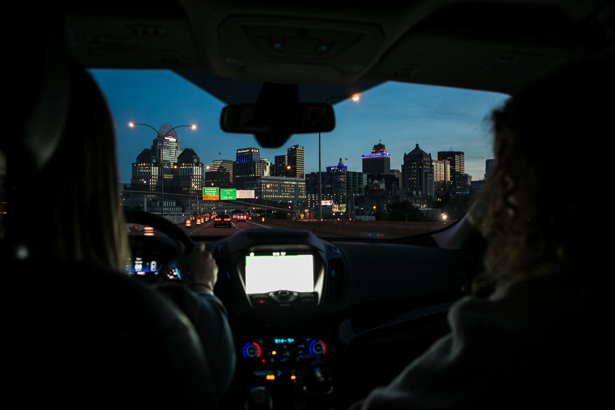blur-car-cityscape-1179579.jpg