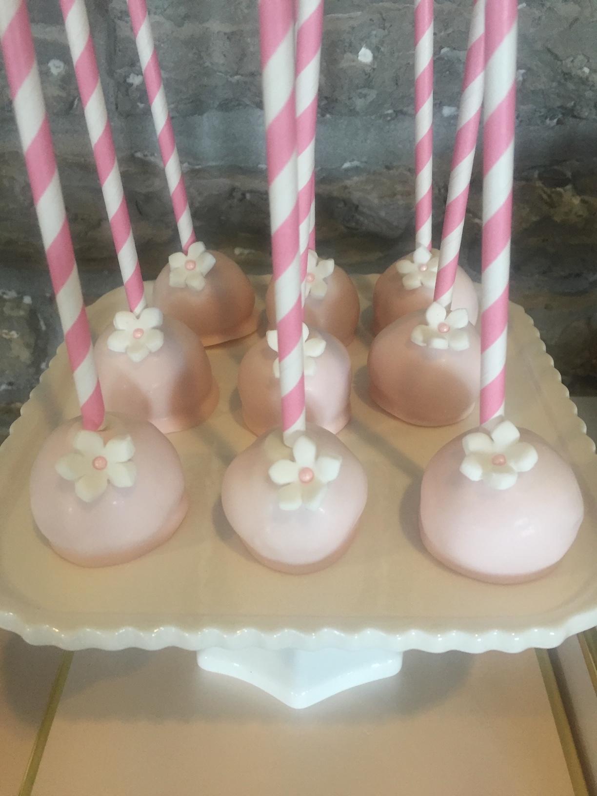 buffalo-cake-pops-fairy-cakes.JPG