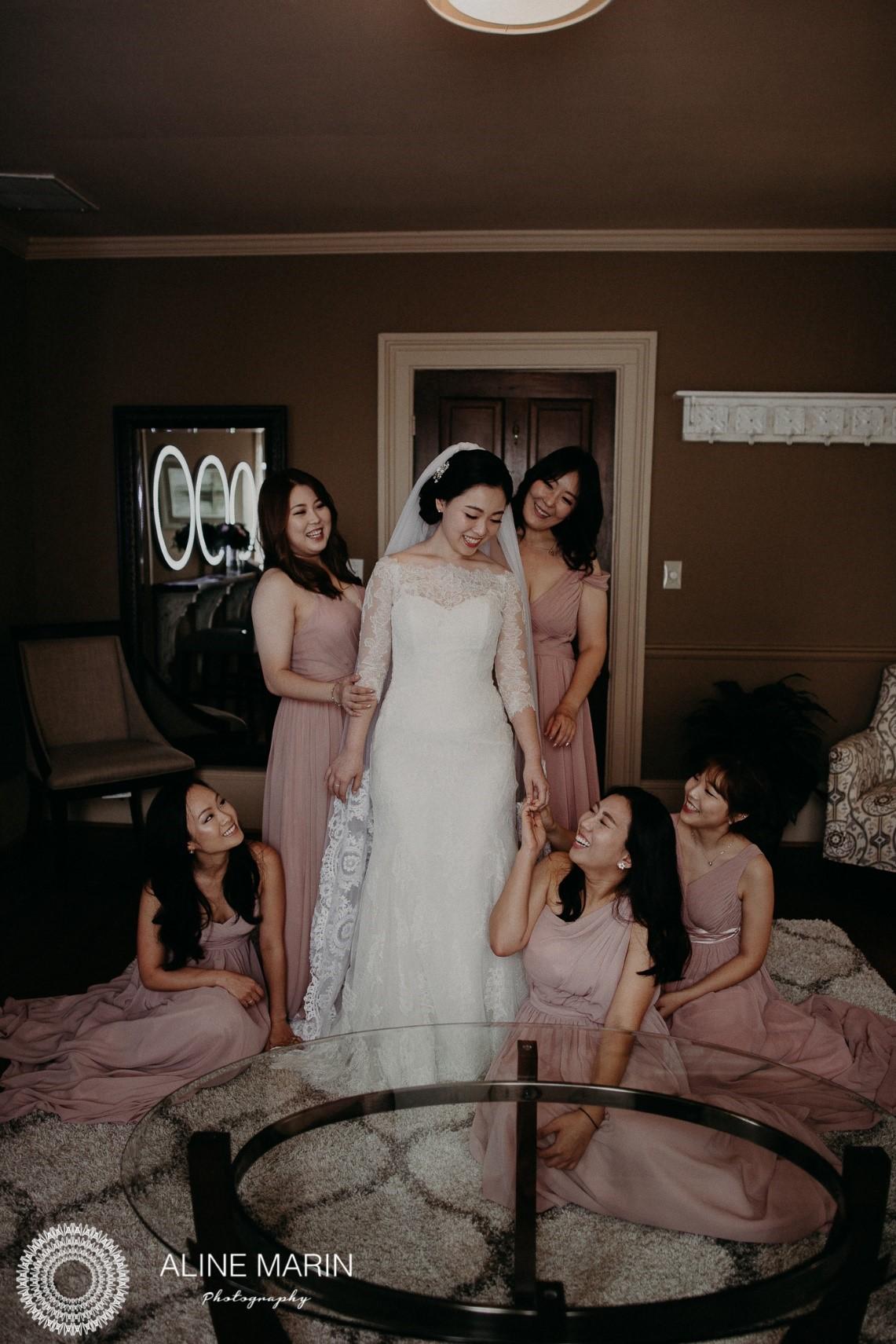 Bridesmaids Lounge 4.jpg
