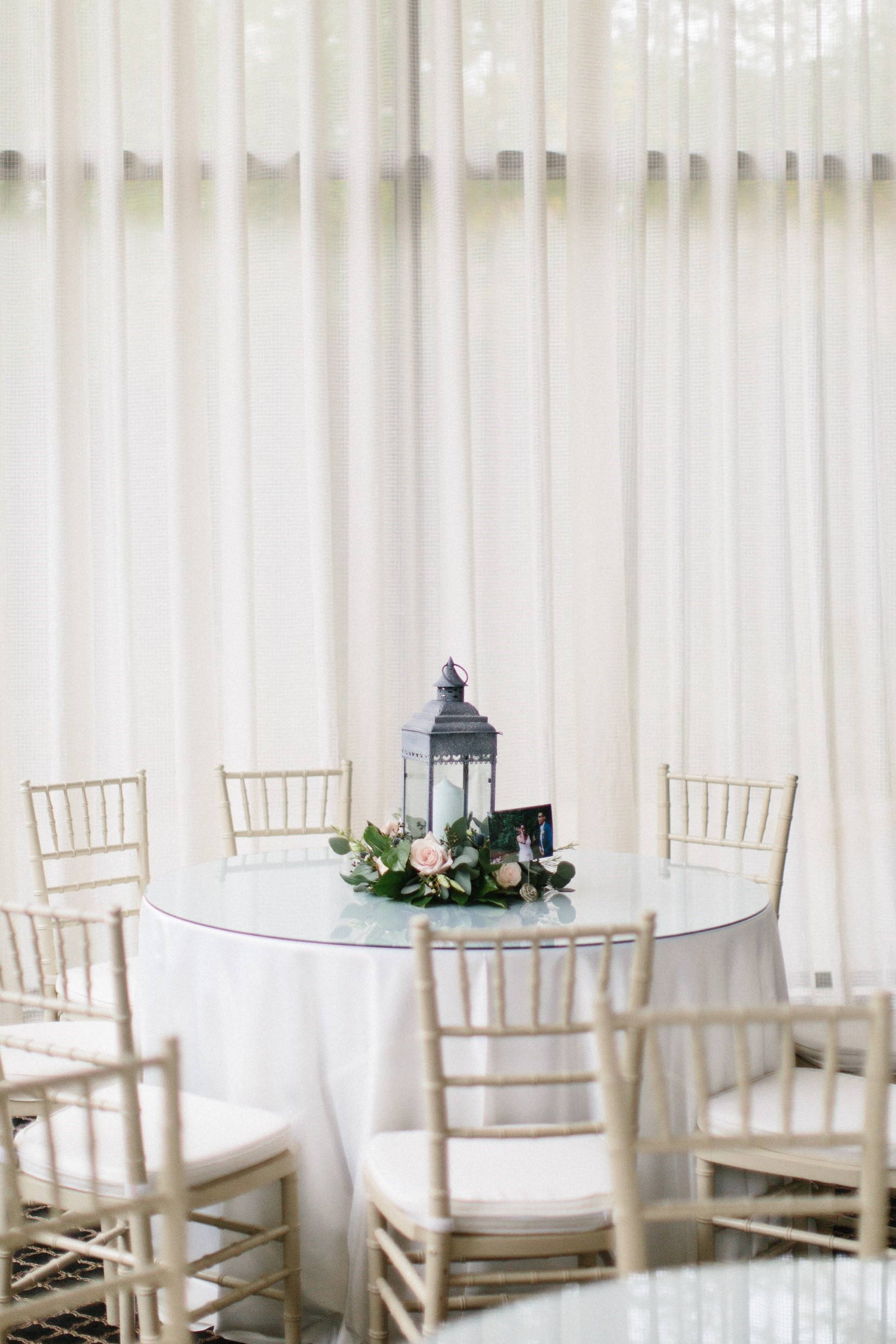 Guest Table Decor 2.jpg