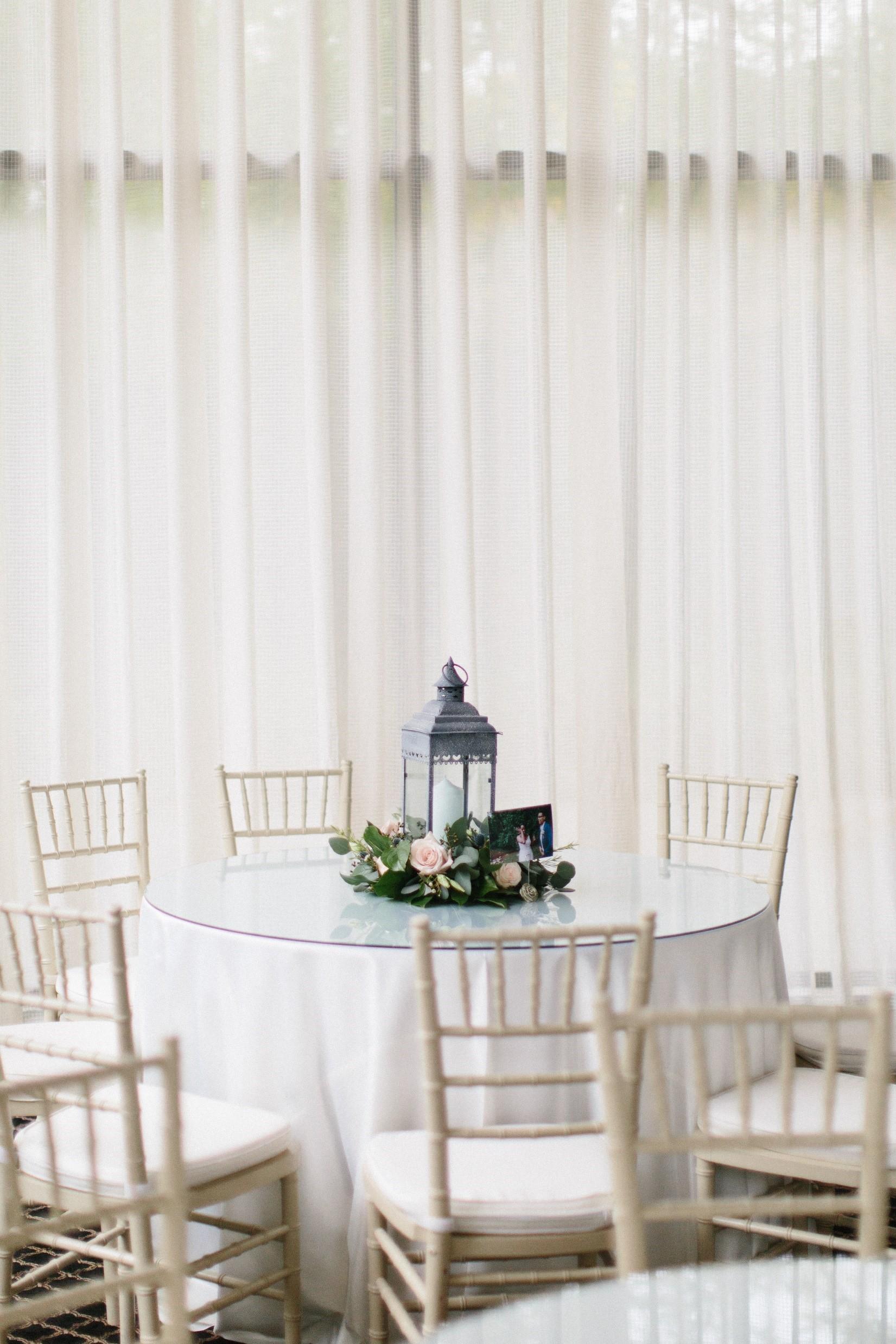 Guest Table Decor 3.jpg