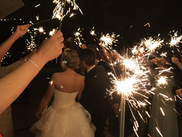summer_wedding_sparklers.png