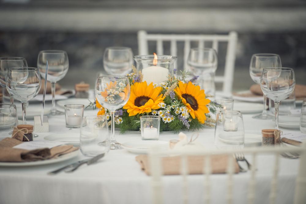 summer wedding centerpiece2.jpg