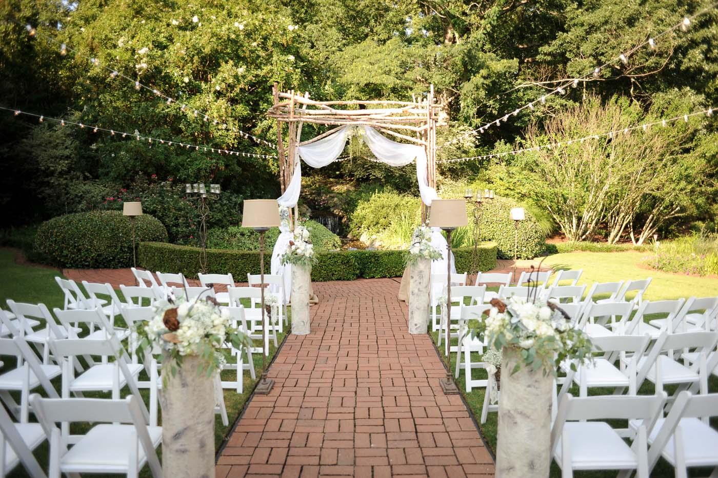 little_gardens_spring_wedding_venue.jpg
