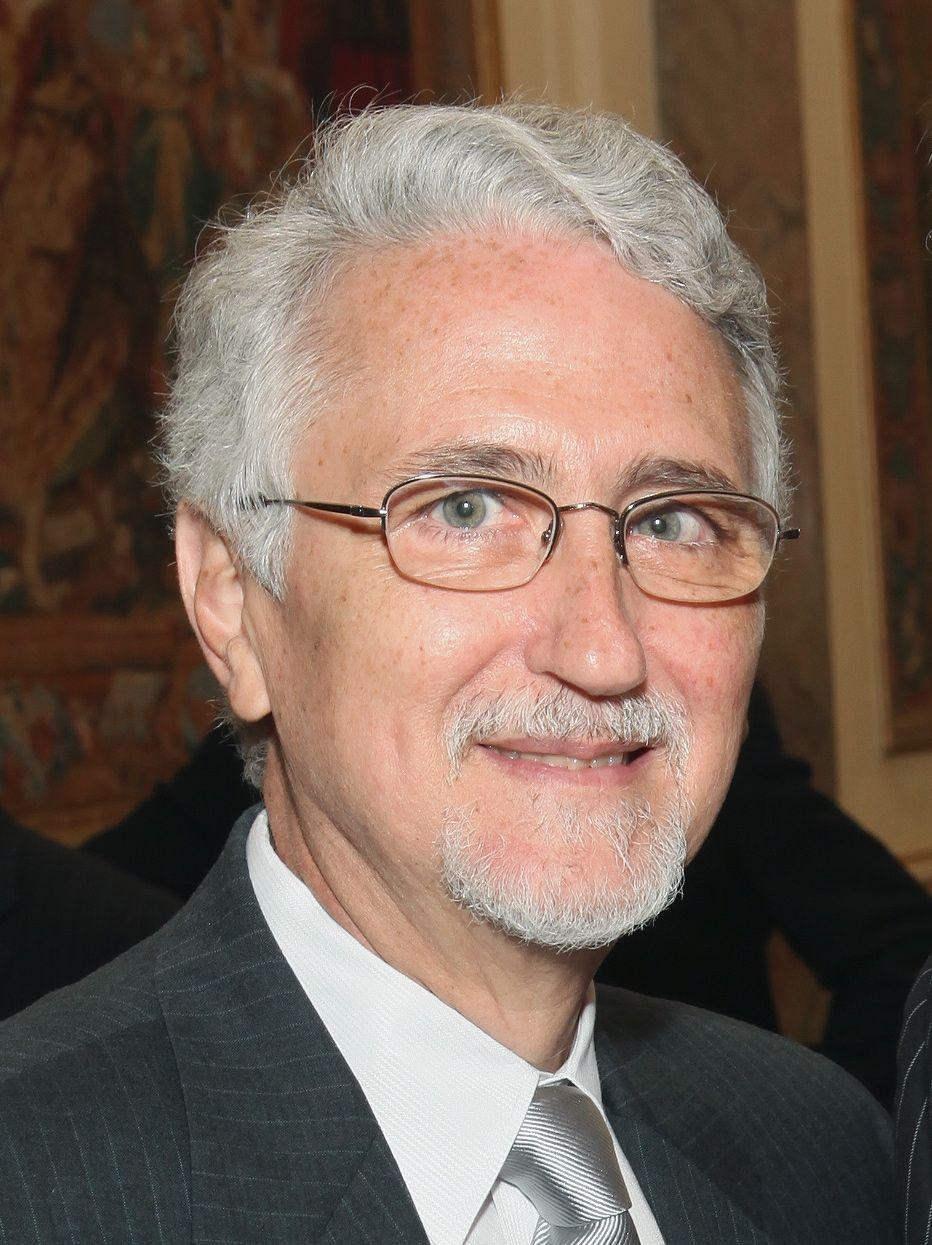 Dr-Joseph-Levy.jpg