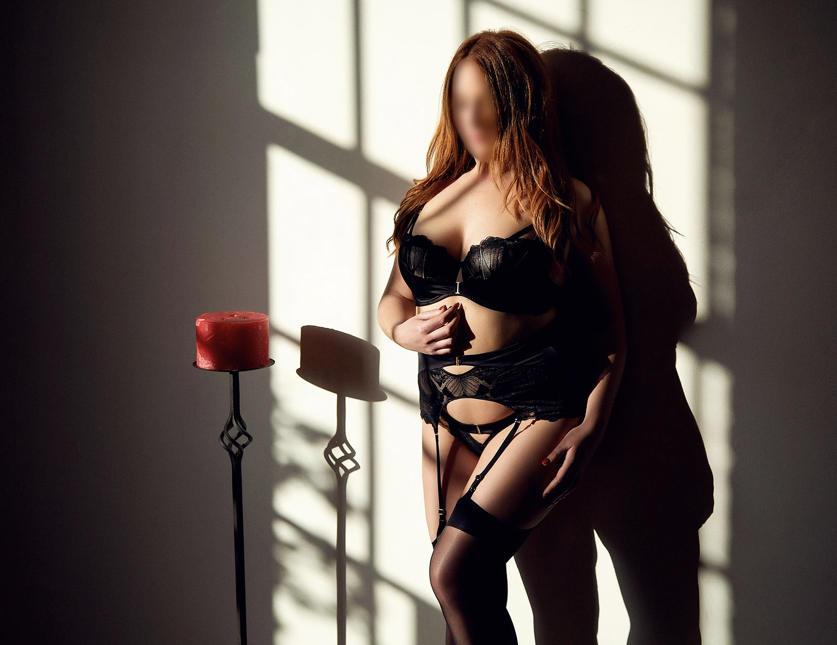 Imogen Mae - An exquisite redhead based in the South West, Imogen is a sensual minx always ready to explore.